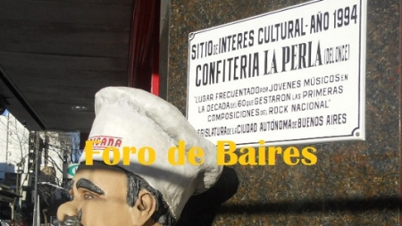 "Antes ""La Perla de Once"", hoy ""Pizzerìa La Continental"""