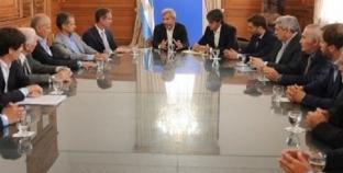 Mauricio Macri estudia bajar a la mitad la publicidad electoral en Radio y TV