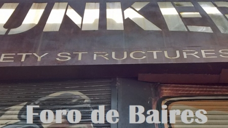 Los Graffitis del Bar Bunker de Recoleta