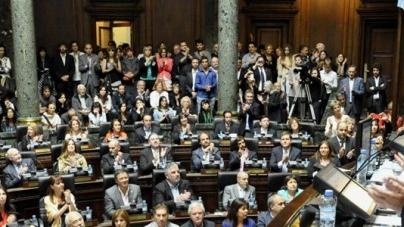 Se aprobó la Ley de Emergencia tras un debate maratónico de más de 15 horas