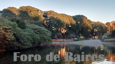 El Parque Centenario bajo un manto de Sol