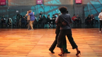 Dónde y cómo bailar tango en la Ciudad