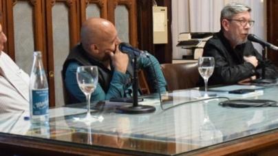 La Legislatura declaró de interés cultural el libro del comunero Mario Reina