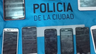 La Policía de la Ciudad allanó domicilio de motochorros en Almagro y detuvo a dos mujeres peruanas