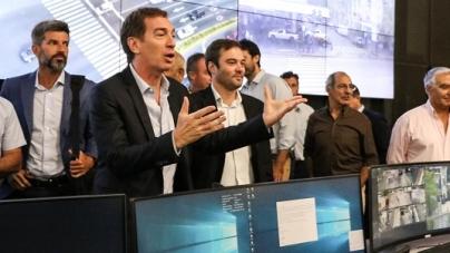 Diego Santilli recibió a intendentes de nueve provincias en el Centro de Monitoreo Urbano la Policía del a Ciudad