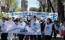 Repudio a la represión en la Legislatura: enfermeros convocan a paro y movilización