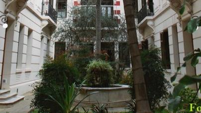 La encantadora vivienda colectiva y oculta de la calle Guatemala 4250/70